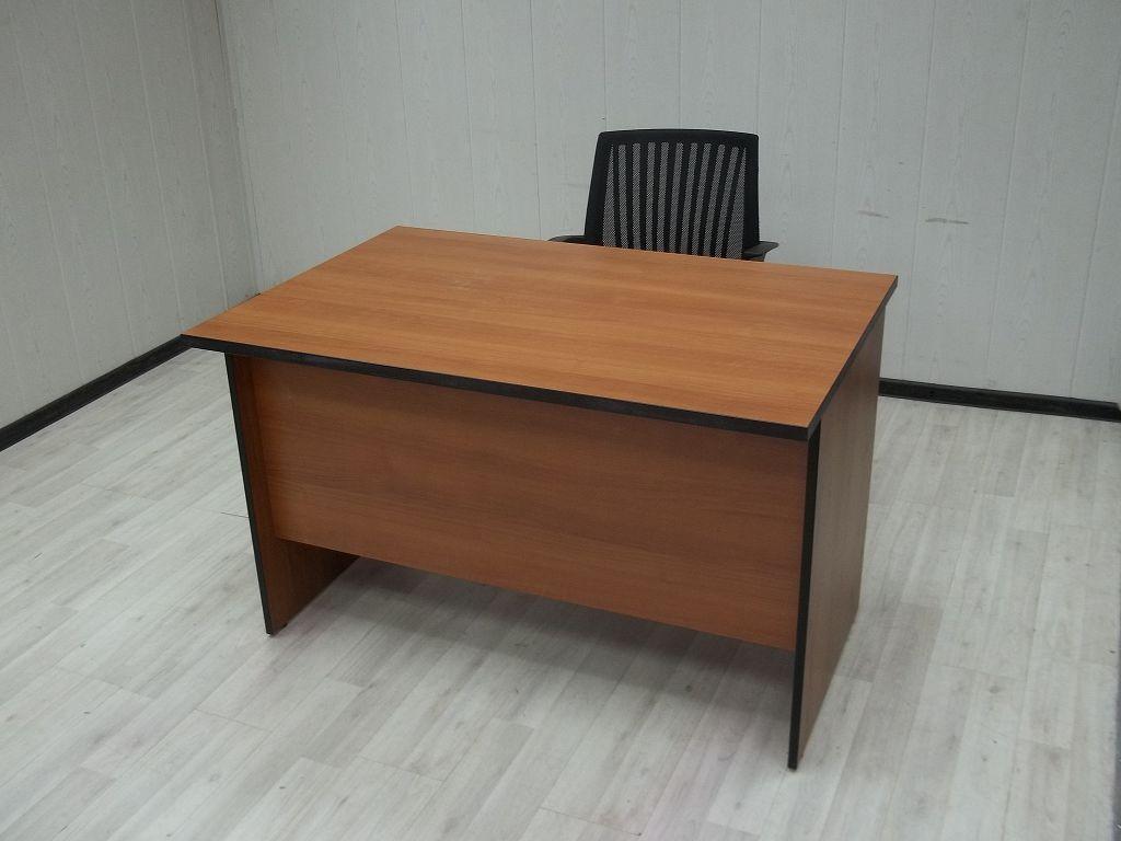 Фото офисных столов в магазинах хабаровска