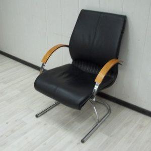 Кресло на полозьях бу